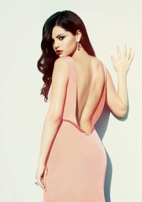 SELENA GOMEZ - Magazine cover