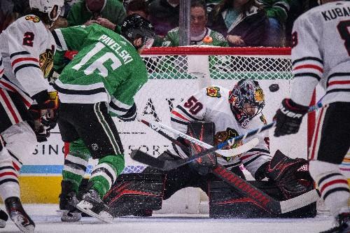 Seguin sends streaking Stars past Blackhawks