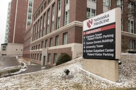 A Patient Possibly Exposed To Ebola Is Heading To Nebraska For Observation