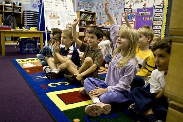5 Ways To Raise a Philanthropic Child