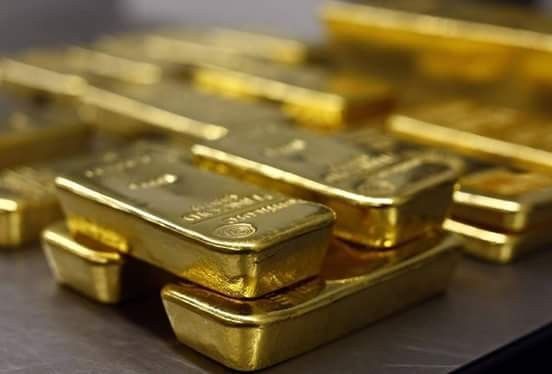 Why buying and storing #gold at #home is not a great idea. A recent analysis by #economists Robert J. Barro and Sanjay Misra published by the #RoyalEconomicSociety found that from 1836 to 2011, the average real rate of change in the price of gold was just 1.1 per cent per year, and that the price change for gold in periods of economic stress was almost the same as in periods of stability. Source courtesy of Michael Dalder / Reuters (Gold bars are stacked in the Pro Aurum gold house in Munich, Germany, in 2014)