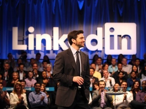 7 Habits Of Remarkably Likeable Bosses