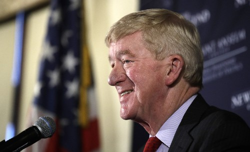 Weld takes GOP bid to oust Trump to NH. Voters are confused.