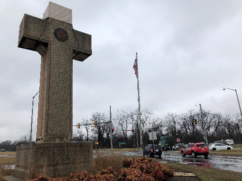 U.S. Supreme Court upholds Maryland 'peace cross' in church and state test case