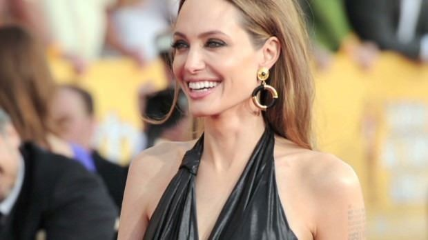Angelina Jolie: Mansion tax 'could put me off' U.K. move