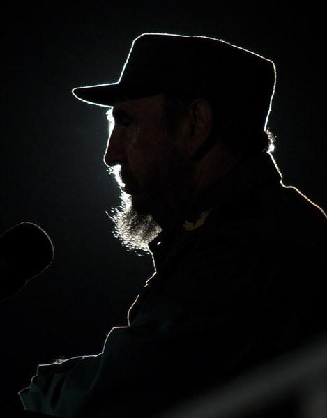 Cubano Fidel Castro muere a los 90 años, termina una era para Latinoamérica y el mundo