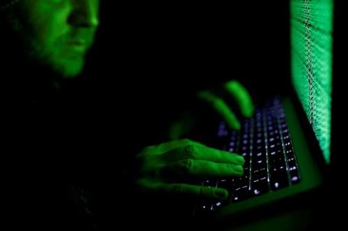 ATM makers warn of 'jackpotting' hacks on U.S. machines