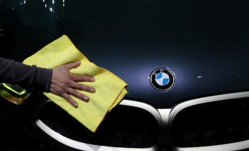 BMW expects to cut average emissions in Europe by 20% this year