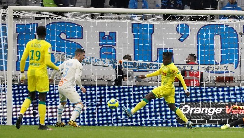 Marseille's 14-game unbeaten streak ends with defeat by Nantes