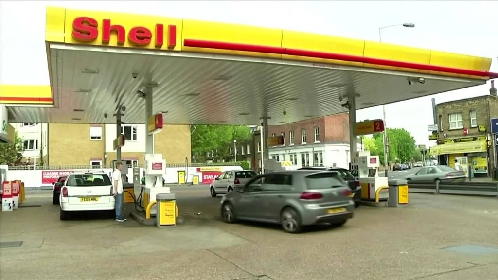 Shell launches major cost-cutting drive - sources