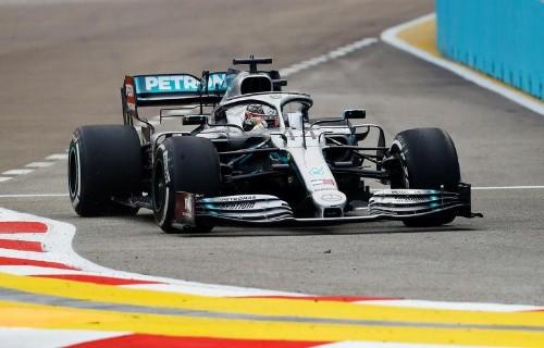 Lewis Hamilton signe le meilleur temps des essais libres 2