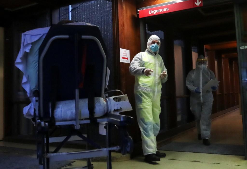 Belgium, with EU's worst COVID numbers, ducks full lockdown