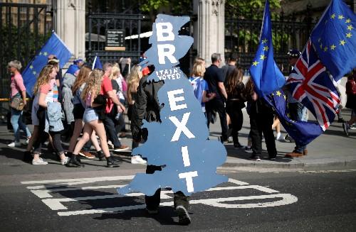 Londra pronta a spendere altri 2,6 mld dlr per no-deal Brexit