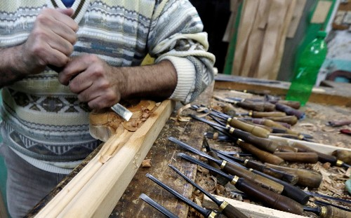 Egypt hails new 'furniture city' but many craftsmen unconvinced