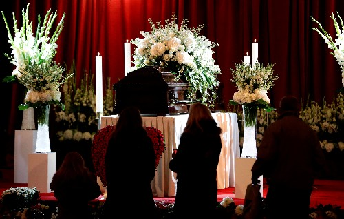 Czechs bid final farewell to Karel Gott, Eastern Europe's Sinatra