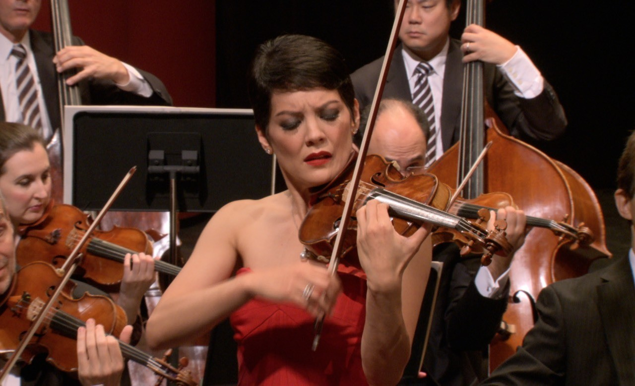Violinist Anne Akiko Meyers playing the Sam Jones violin concerto. See the world premiere of this great work during ASO's season 2.