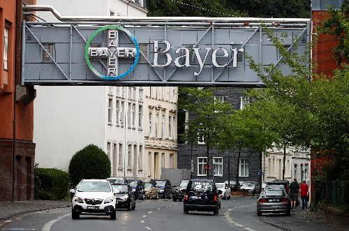 Bayer Roundup cancer trial postponed to continue settlement talks