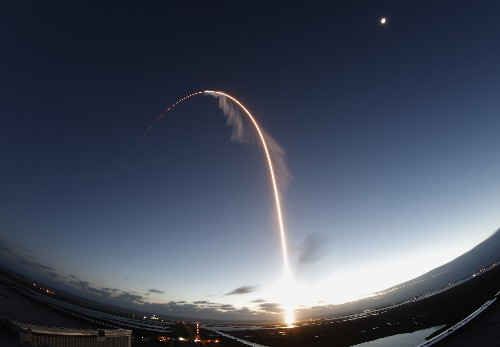 Boeing capsule launches to wrong orbit, skips space station