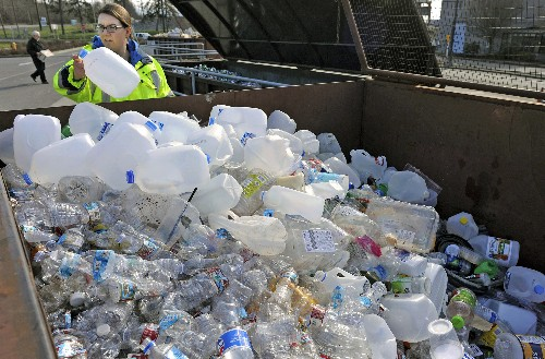 Study: Plastic will pile up in wake of China recycling ban