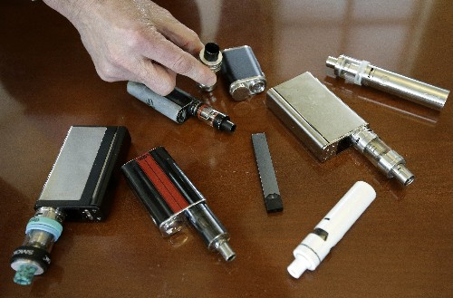 FDA plans strict limits on sale of flavored e-cigarettes