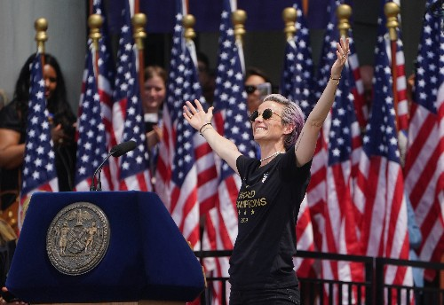 Rapinoe adds a goal for 2020: helping Democrats win White House
