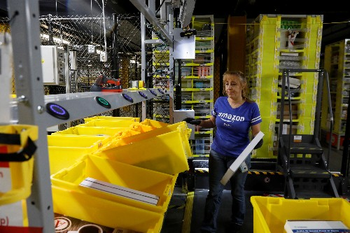 Cyber Monday on track for U.S. online shopping record