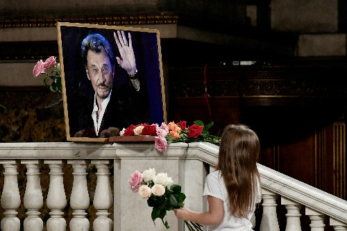 Rocker Hallyday's estate to be shared under French, not U.S., law