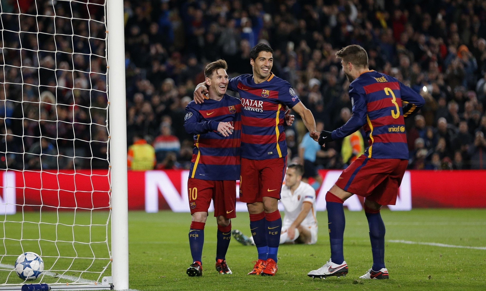 Luis Suárez says Barcelona played 'perfect game' in thrashing of Roma