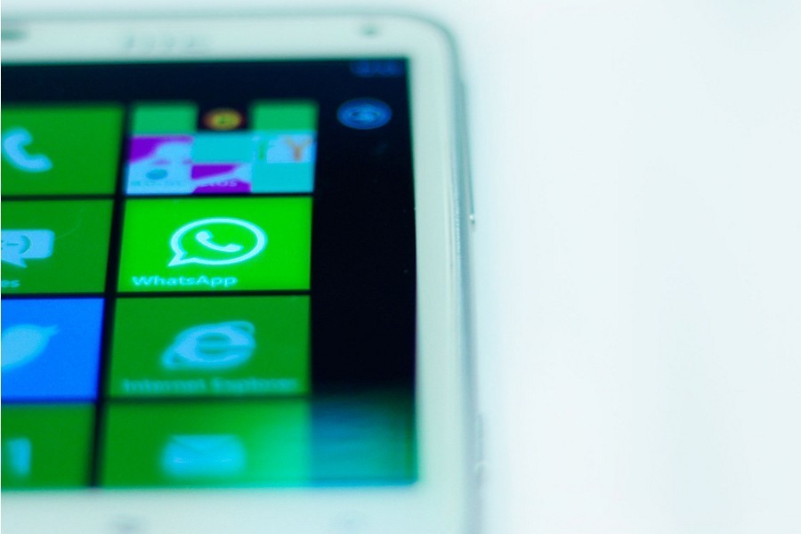 WhatsApp cracks down on people using unofficial clients