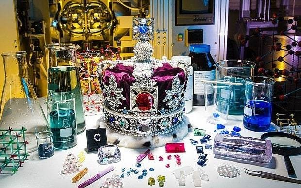 Scientists 'grow' replica of the Crown Jewels