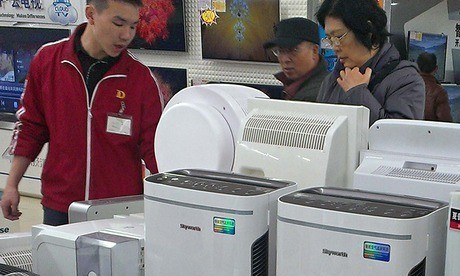 China's pollution levels spark boom in sale of air purifiers and face masks