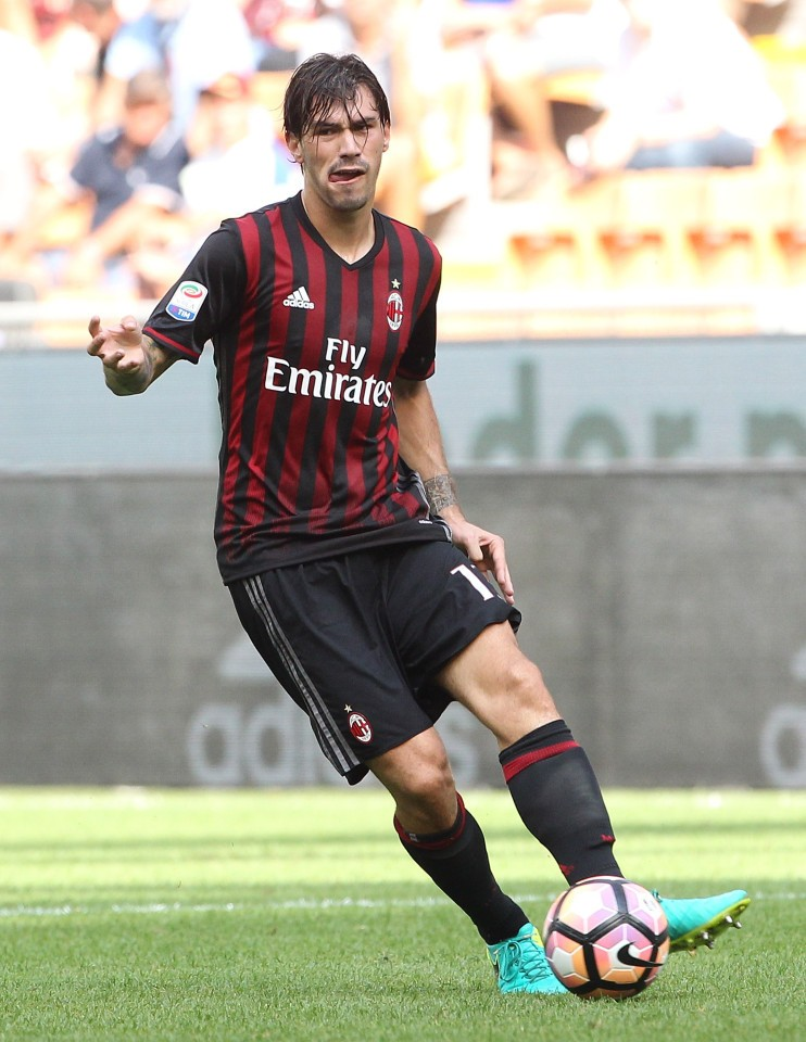Alessio Romagnoli (born 12 January 1995) is an Italian professional footballer who plays as a centre back for Italian club Milan in Serie A, and the Italy national football team. He began his career with Italian club Roma in 2012, and later spent a season on loan with Sampdoria in 2014, before moving to Milan in 2015.