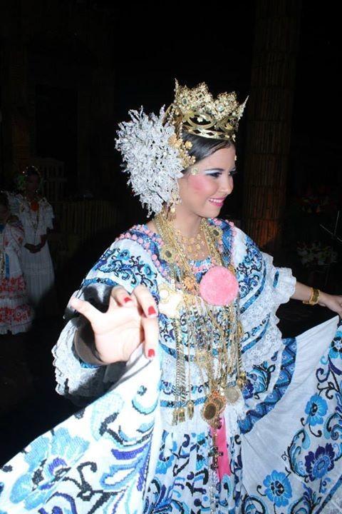 Rita Almendas, Reina del VII Festival Montañero del Tambor y la Carreta.