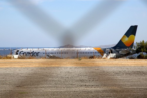 'Nightmare, nightmare': tourists stranded after Thomas Cook collapses