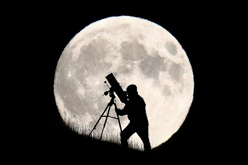 How to See the Biggest Supermoon in 68 Years