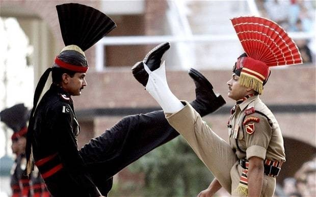 Suicide attack on Pakistan-India border gate closing ceremony kills 45