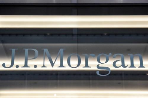JPMorgan to buy Paris building to bring euro teams from London