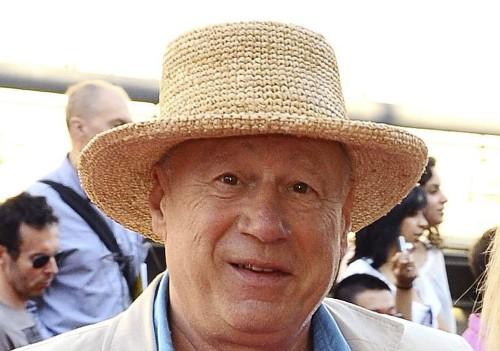Monty Python collaborator Neil Innes dies at age 75