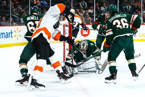 Wild whip Flyers, extend home point streak to 12