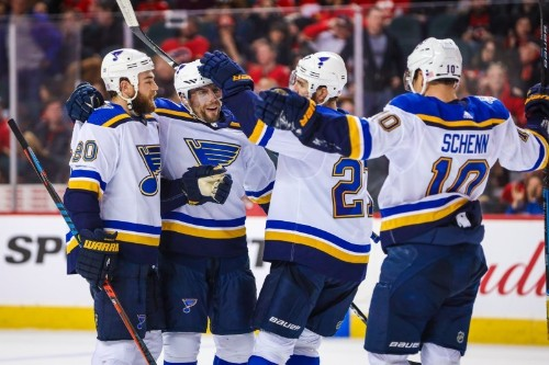 NHL roundup: Blues win 7th straight, again in OT