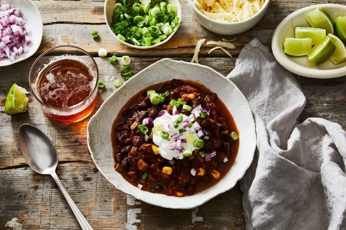 A Hearty Vegetarian Chili with 3 Tricks Up ItsSleeve