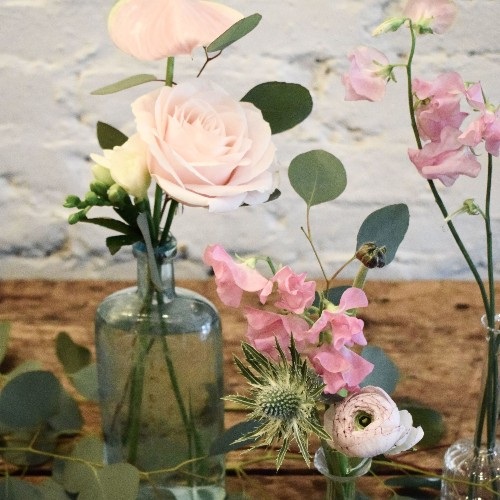 5 Steps to the Quickest Spring Centerpiece