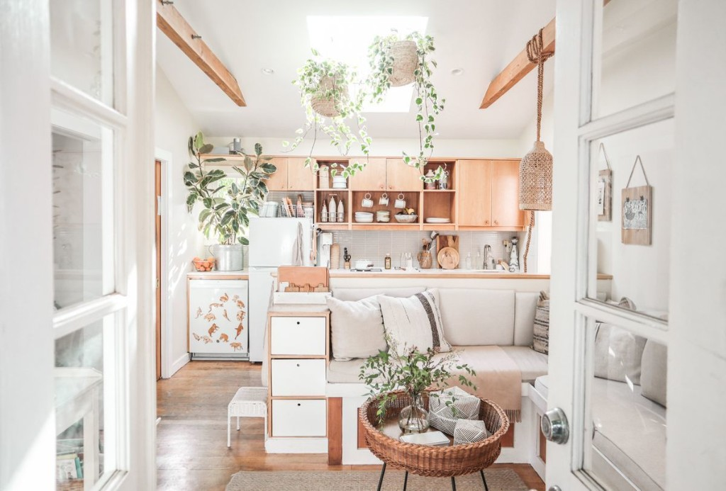 Finding Comfort in a 400-Square-Foot Home—As a Family of 5
