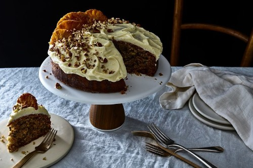 A (Mostly) One-Bowl Banana-Spice Cake With Plenty of SouthernCharm