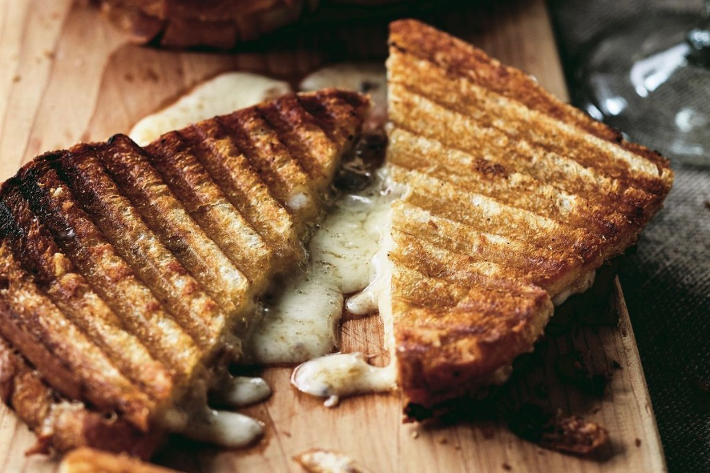 Cheddar & Chutney Grilled Cheese From Ina Garten