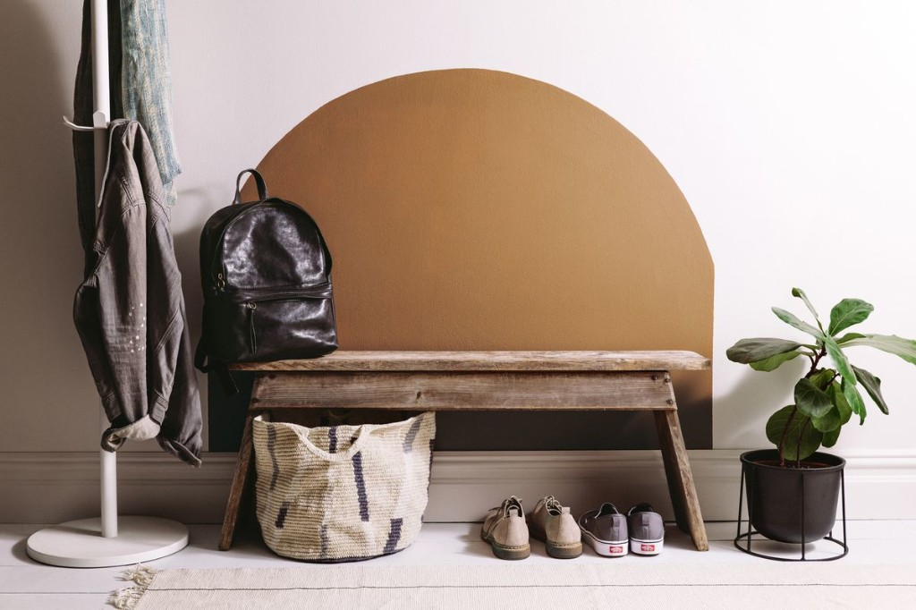 How to Transform Any (Yes, Any!) Entryway Using Just Paint