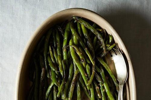 Penelope Casa's Garlic Green Beans (Judias Verdes conAjo)