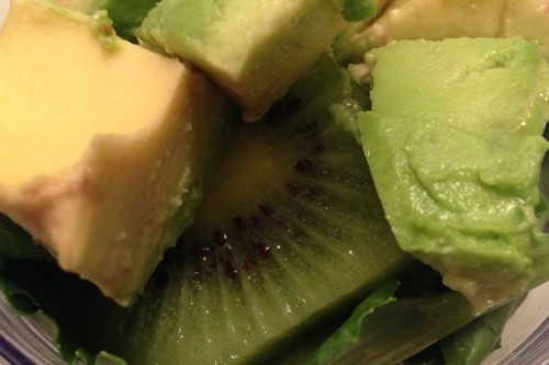 Creamy Kale and KiwiSmoothie
