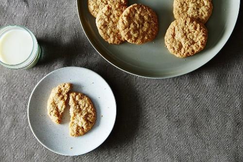 Crispy Crunchy OatmealCookies