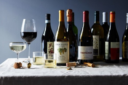 12 Merry Wines to Drink (and Gift) for theHolidays